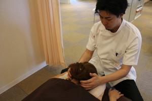 子供の頭痛・肩こり・自律神経症状への治療風景